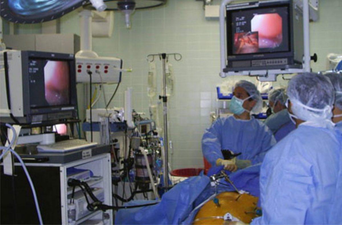dr-alexander-morrell-operando-1200x790.jpg